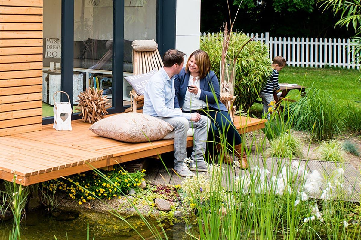 das moderne und flexible gartenhaus gardenloft. Black Bedroom Furniture Sets. Home Design Ideas